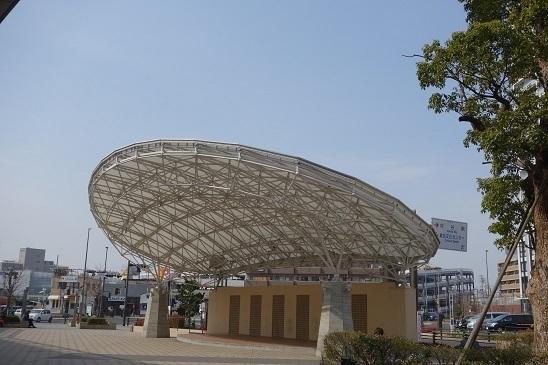 刈谷駅南口 みなくる広場